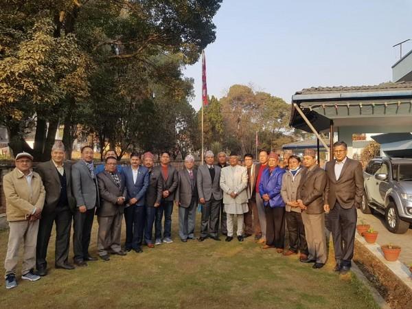 नेपाल सुनचाँदी ब्यबसायी महासंघको प्रतिनिधीमण्डल र शिक्षा मन्त्रि श्रेष्ठबीच भेटवार्ता सम्पन्न